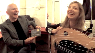 Laughs with Muriel Anderson, the First Lady of the Harp Guitar