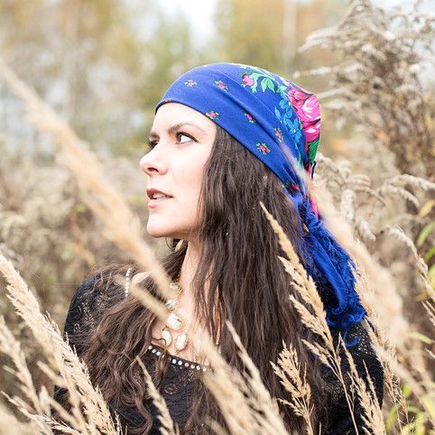 Autumn gypsy forest portrait photo shoot with My Eco Ego