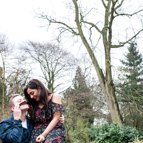 How to prepare for an engagement photo shoot? Find out with Neeti and Jason!