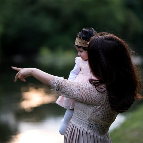 Family portraits with the pretty Moroccan girl and her cute baby girl in the Watermead Country Park