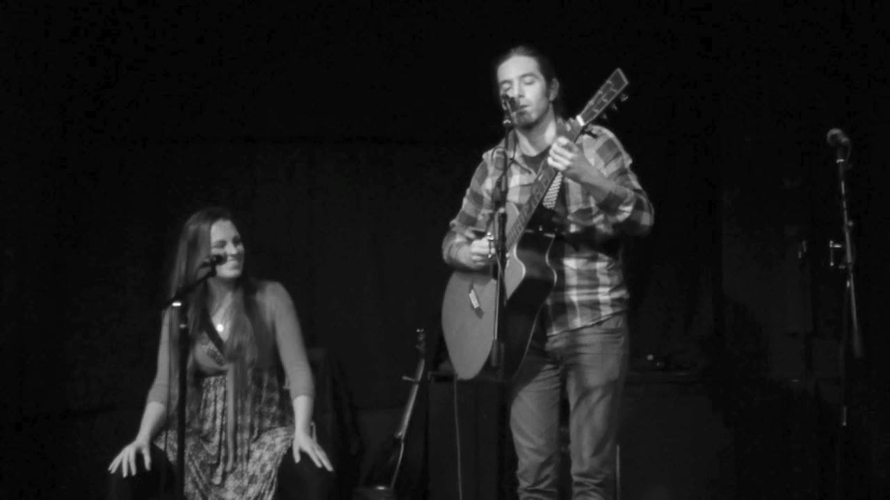 Higher Higher - played by Scott & Maria @ the Brighton,Folk, Roots & Acoustic night