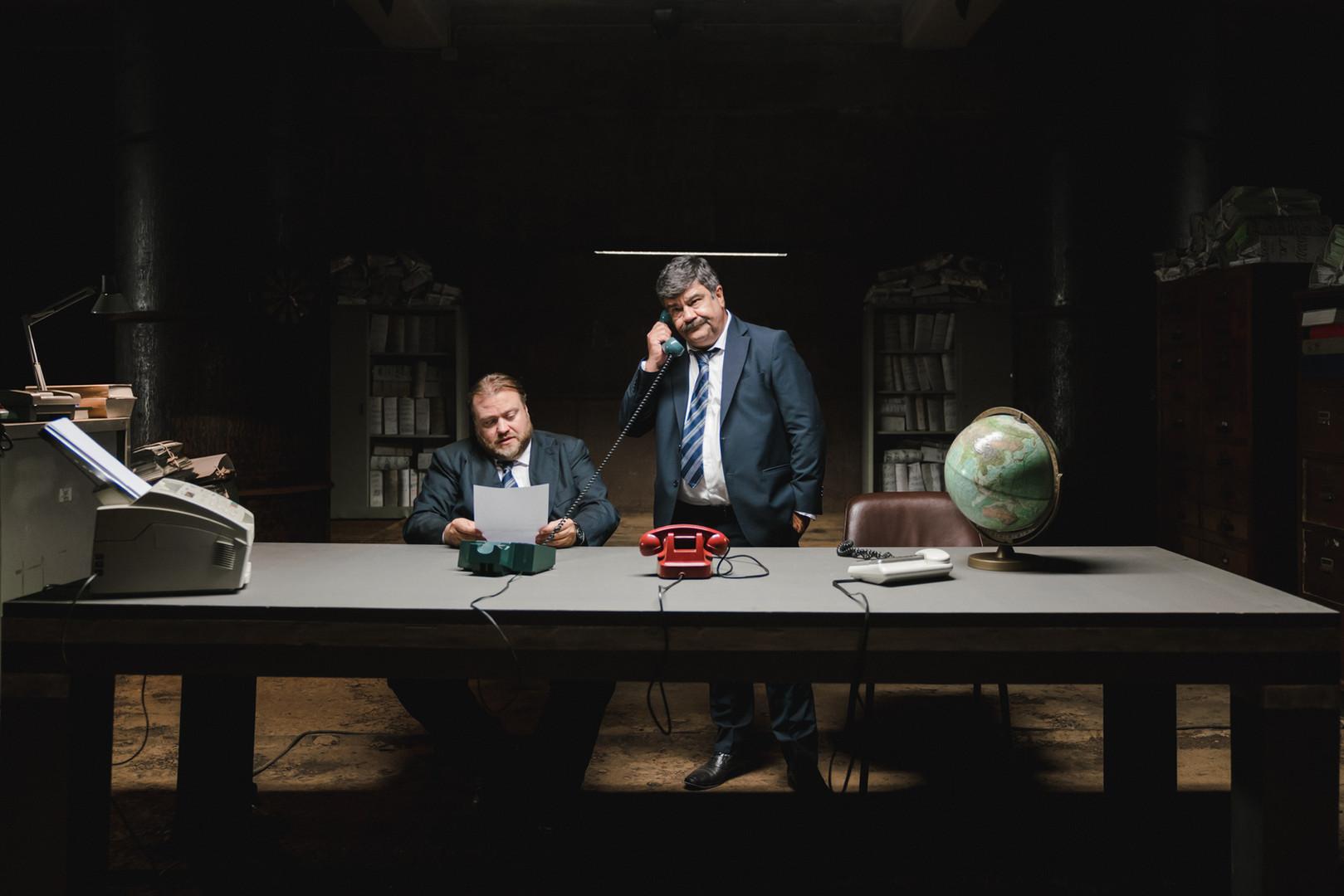 Foto di scena con Stefano Fresi e Francesco Pannofino