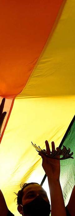 PrideMarch06.jpg