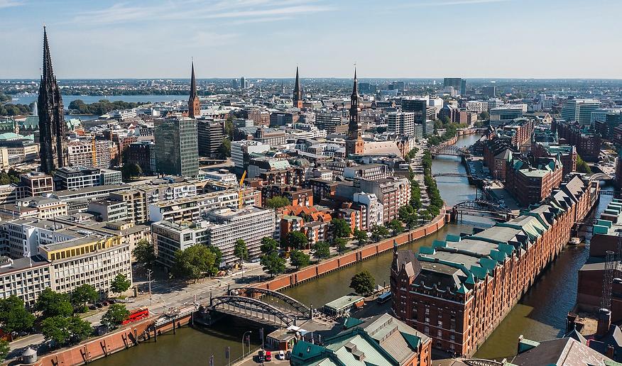 Hamburgfoto für Webseite.jpg