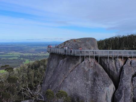 Bushwalking to Granite Skywalk in Porongurup Range, Western Australia