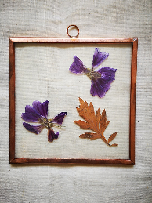 Copper frame with leaves