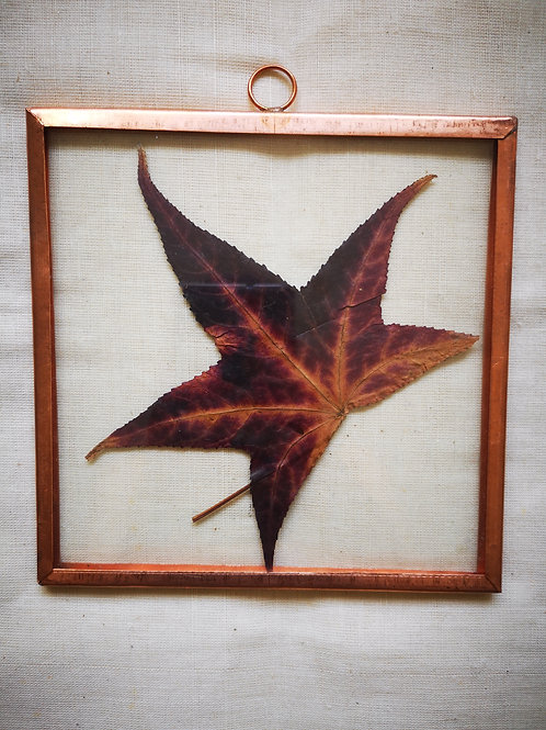 Copper frame with leaf