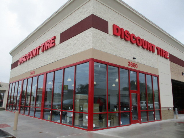 Discount Tire - Grand Rapids, MI