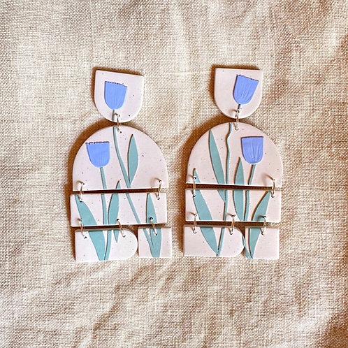 Braque - Blue Tulips