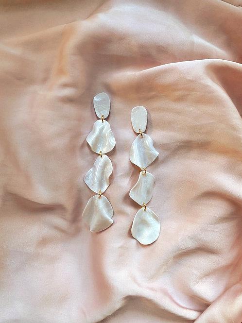 Myrrh - Pearl