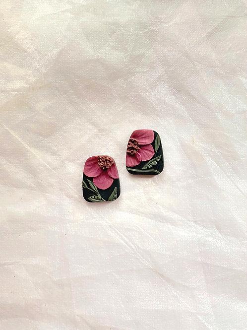 Made-to-order: Vintage Dark Poppies - Trapezium Studs