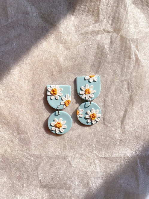 Made-to-order: Daisies - Mini Maya