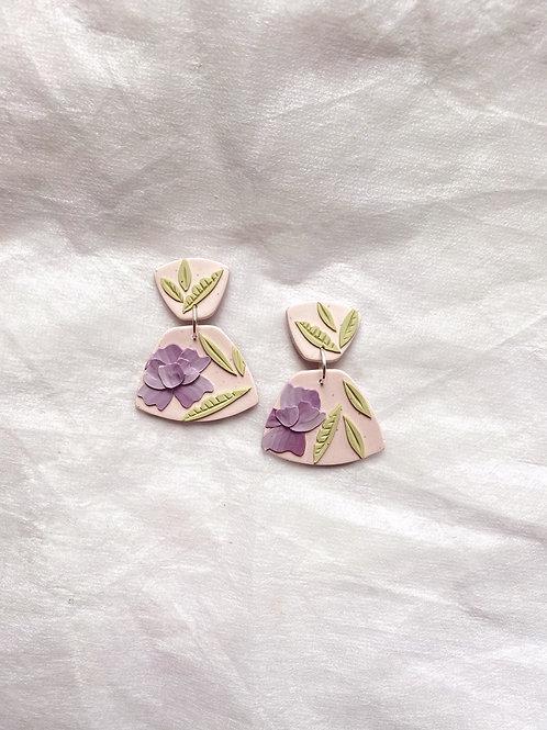 Lilac Peonies - Mini Leia