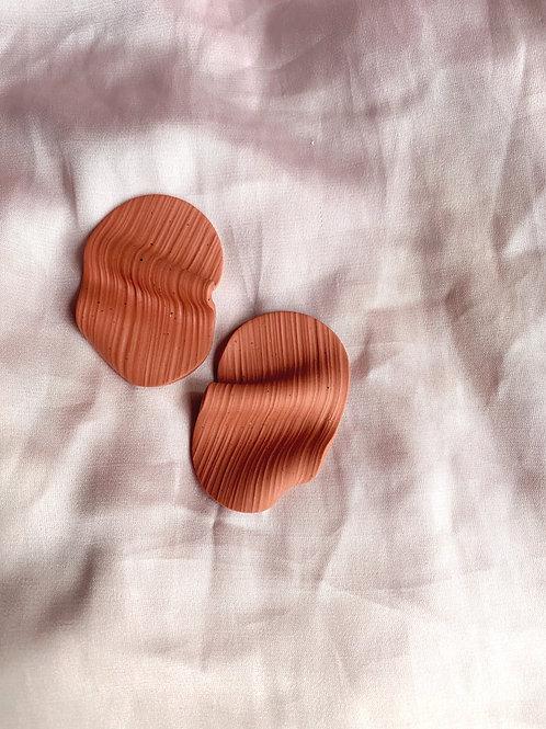 Silence studs - Terracotta Rose
