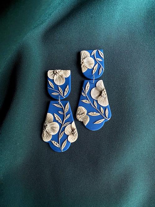 Silk Embroidery Poppies (Lush teal) - Freja