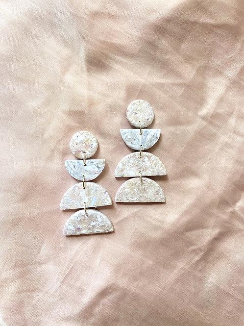 Eclipse - White granite, Opal