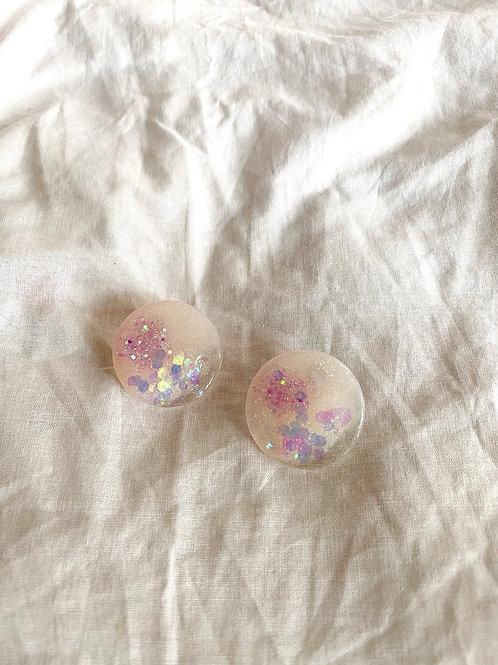 Large circle resin stud - Cloud pink