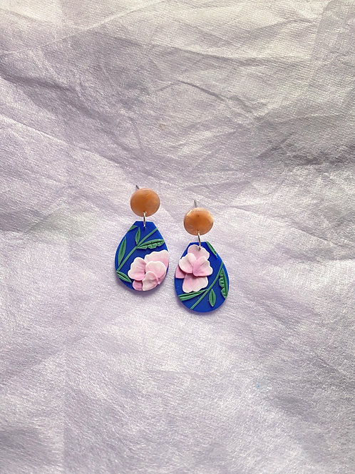 Peonies on Blue - Dolce (resin studs)