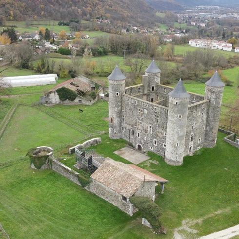 chateau drone