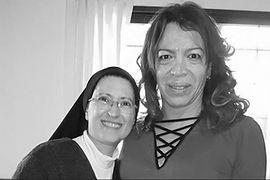 lizy y monica astorga cremona bw.jpg