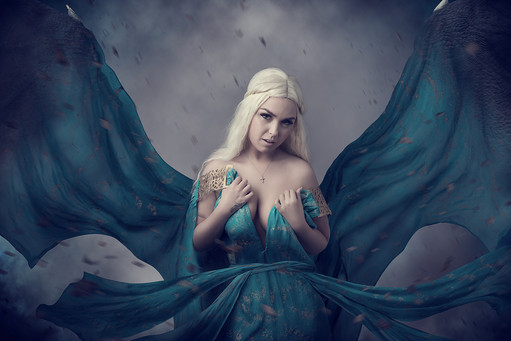 Daenerys Targaryen Cosplay Photography in Hugglescote, Leicestershire