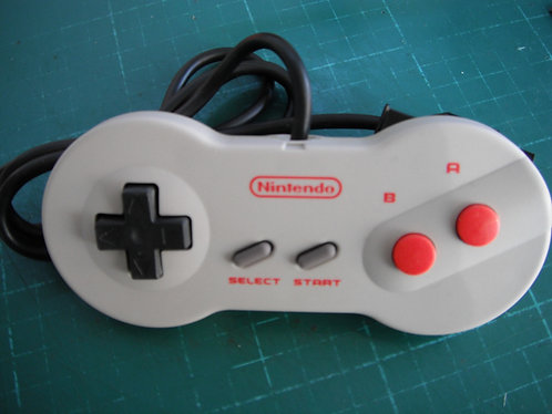 Acc : Official USA NES Dogbone Controller