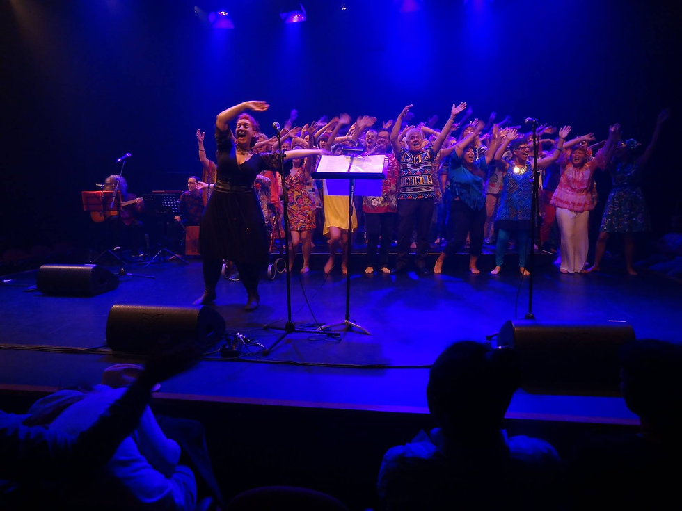 FOT 2016 onstage wave your hands in the air.jpg