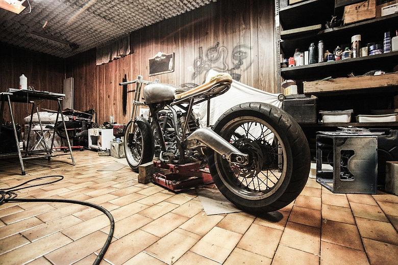 motorbike-407186_1920.jpg