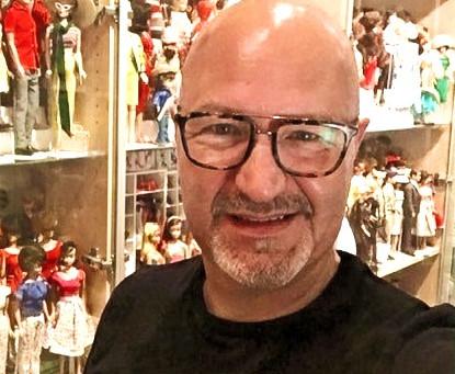 Dolls Talks with Fred-Dolls