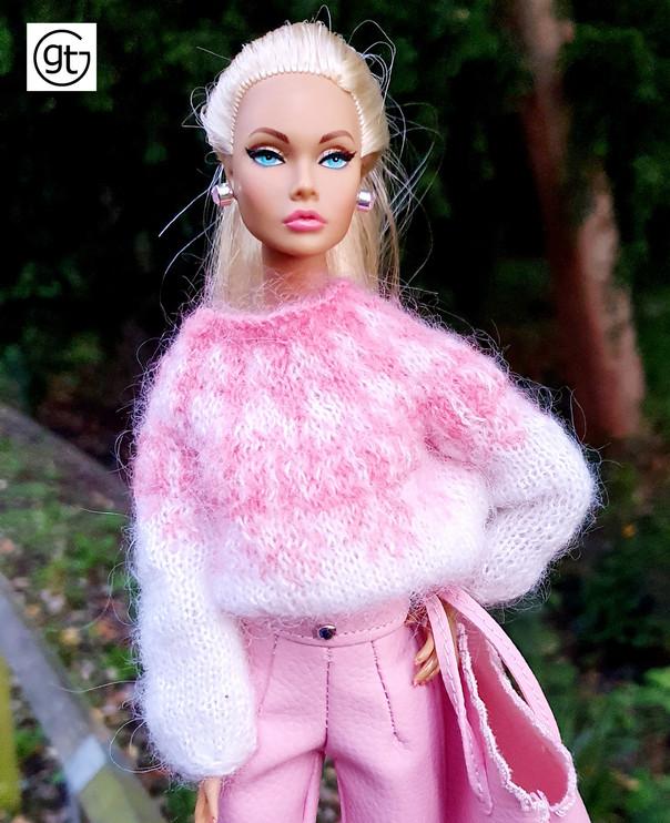 IT Tropicalia Poppy's favourite nordic knit