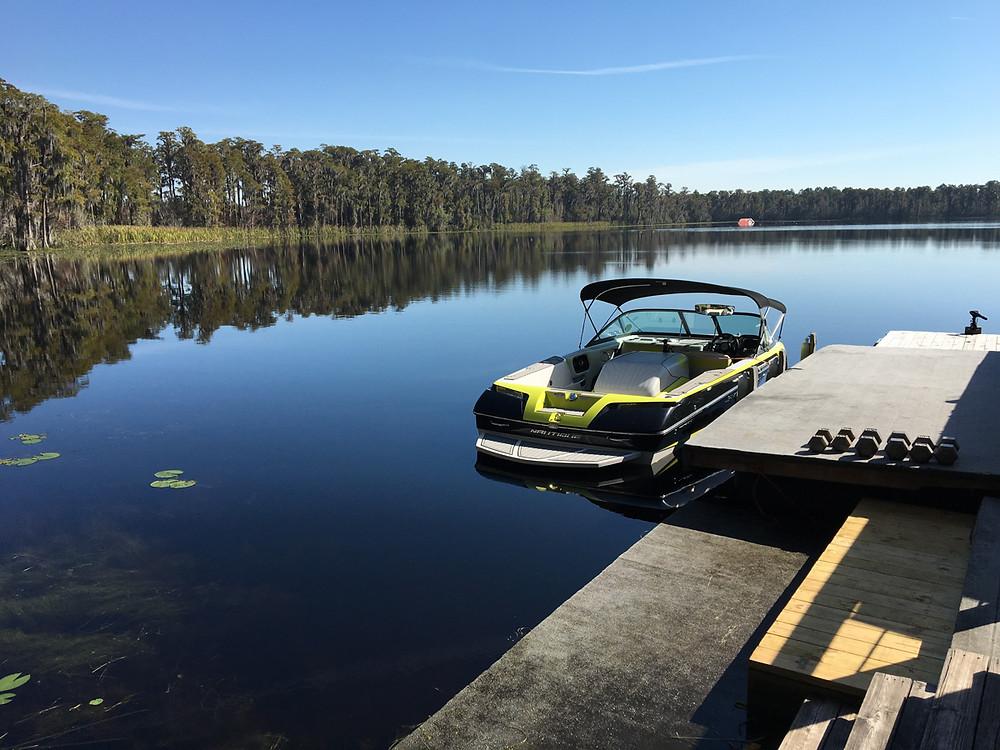 Boat and lake at Jodi Fisher Waterski School Orlando Florida