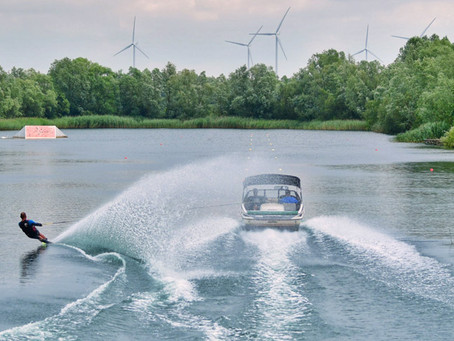 DAMS Watersports: Top coaching in the English countryside