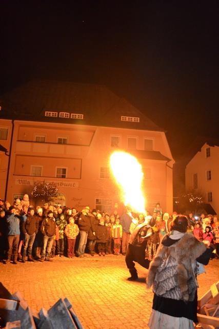 Rauhnacht Bayer, Perchtenlauf Bayern