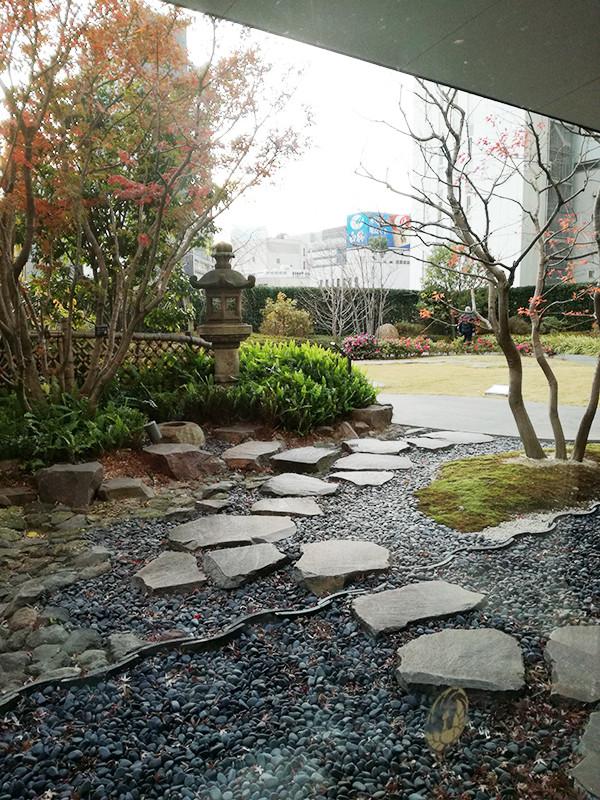 歌舞伎座屋上庭園
