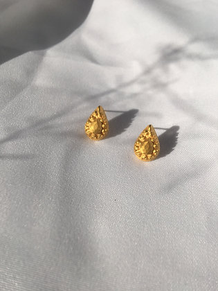 BENEATH EAR STUDS - GOLD PLATED