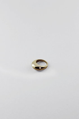 22ct GOLD PLATED STATEMENT RING