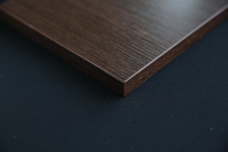 wedge wood-edge