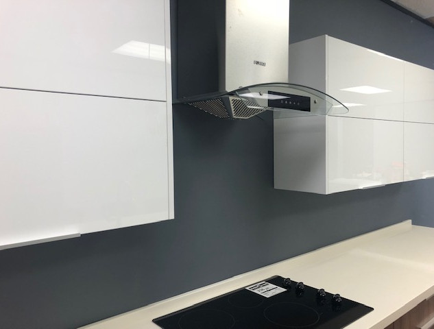 Euro -Arena Cabinets
