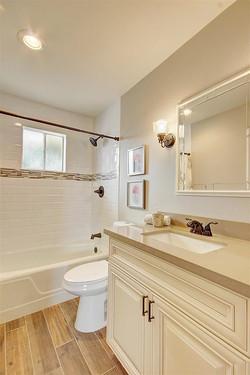Antique-White-Bathroom-1