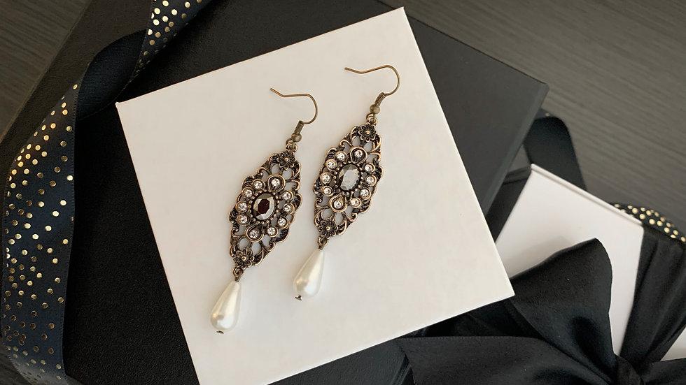 Antique | Earrings