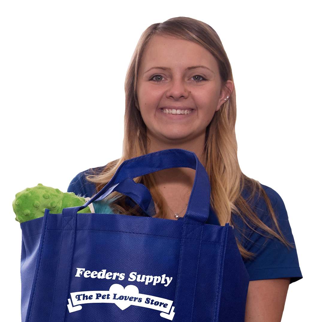 FS Employee w Tote.png
