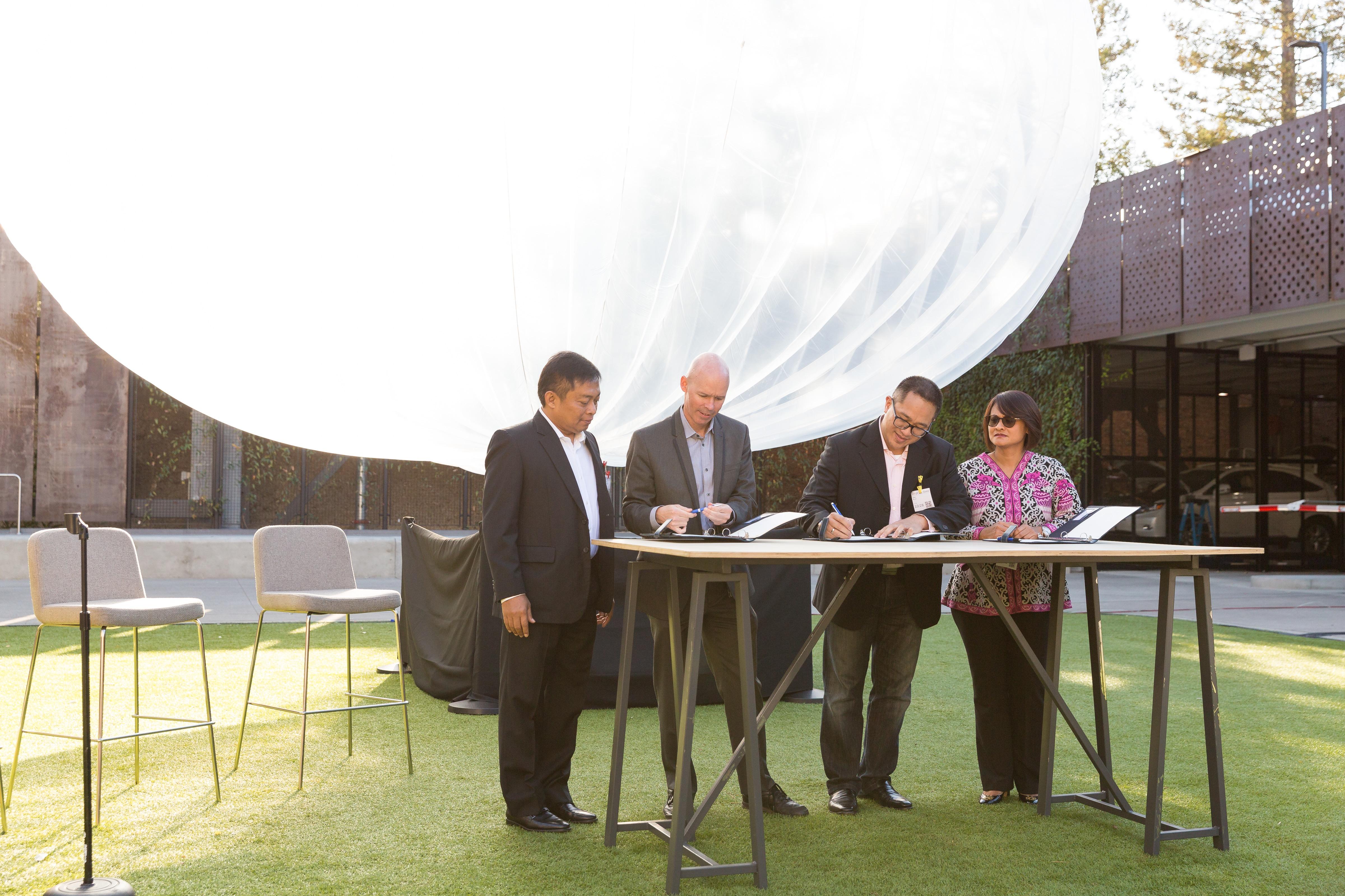Indo delegation visit to SV - 100 of 115