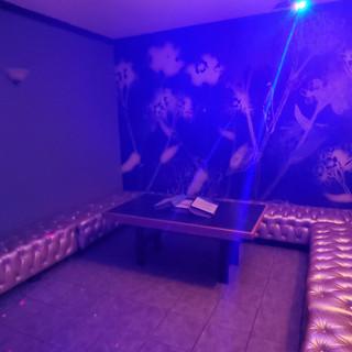 Private Room 8