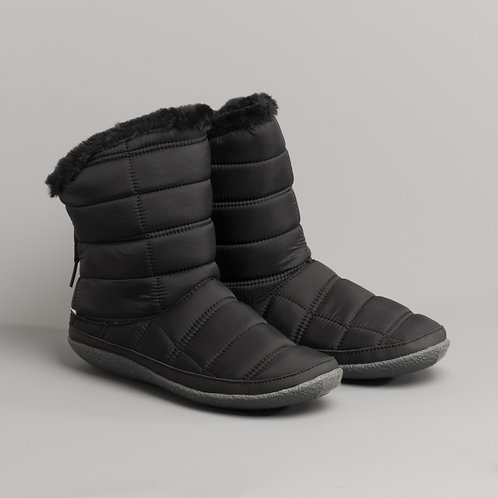 Inez Black Quilted Slipper