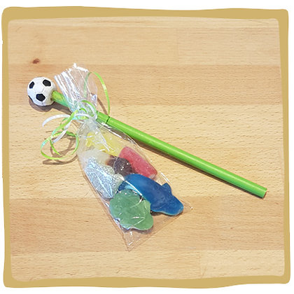 Potlood voetbal met mini snoepzakje