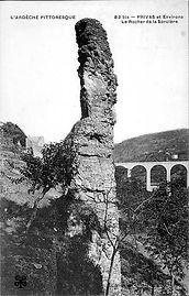 rocher-de-la-sorcière-5.jpg