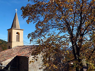Eglise-Village-3.jpg