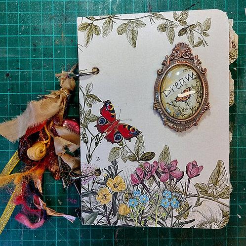Treasure album. Midnight traveller/Garden traveller