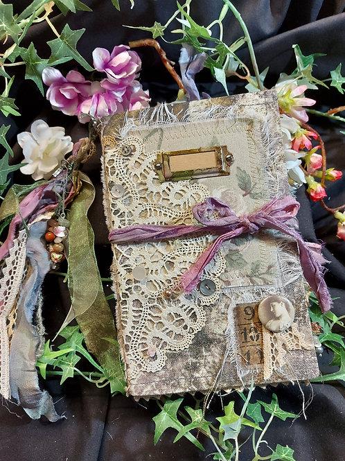 Handmade Treasure album, (junk journal)