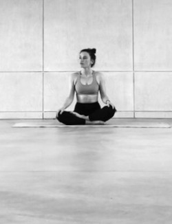 Katie Latchford - Yoga